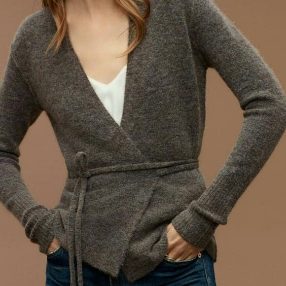 Aritzia Wilfred Free Gigi wrap sweater